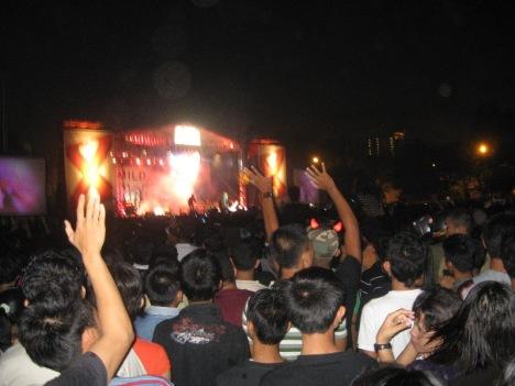 Konser Peterpan di Lapangan Benteng