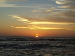 sunset di Pantai Ujung Karang